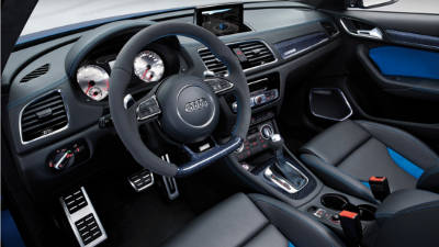 Audi q3 rs a ginevra 2013 in veste definitiva motorcompass for Interieur q3 s line